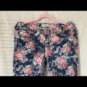 Seven 7 Woman Skinny Jeans Foral design Size 8